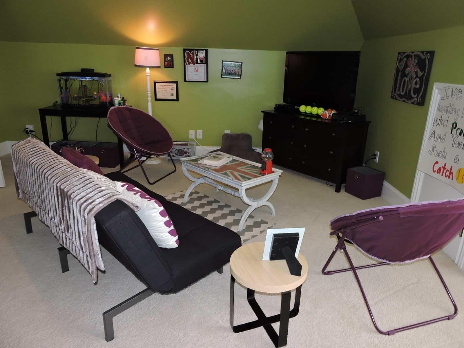 Bedroom 5 Seating